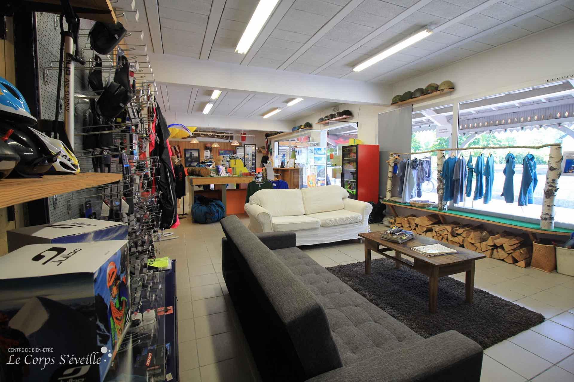 La boutique Air Attitude à Accous, dans les Pyrénées béarnaises.