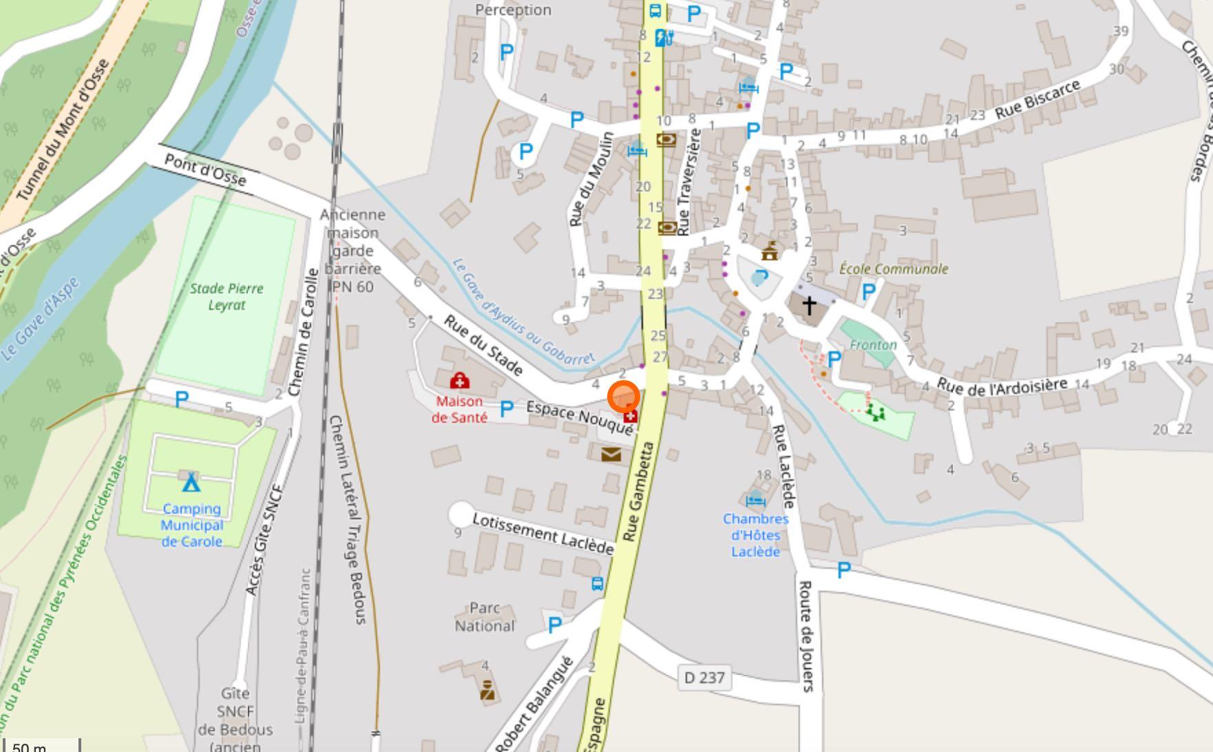 Cartographie fournie par Openstreet Map.