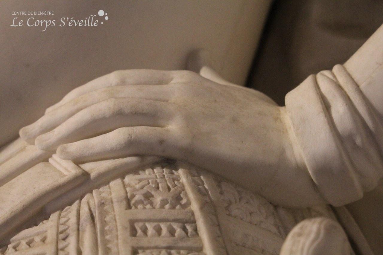 Ouvrir l'oeil sur les mains au château de Pau.