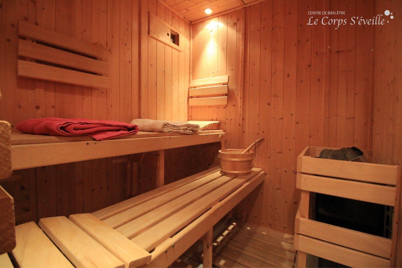 Le sauna pour deux personnes aux chambres d'hôte Chez Michel à Bedous.