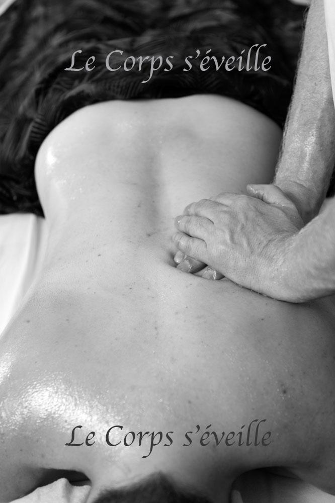 Les massages vus par Cyrille Cauvet, photographe, au Centre de bien-être dans les Pyrénées Atlantiques.