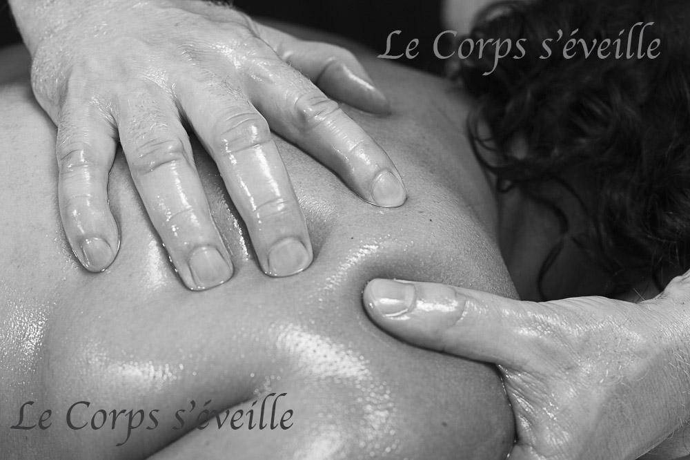 Offrir un massage de qualité à ses proches, en Vallée d'Aspe. Photographe : Cyrille Cauvet.