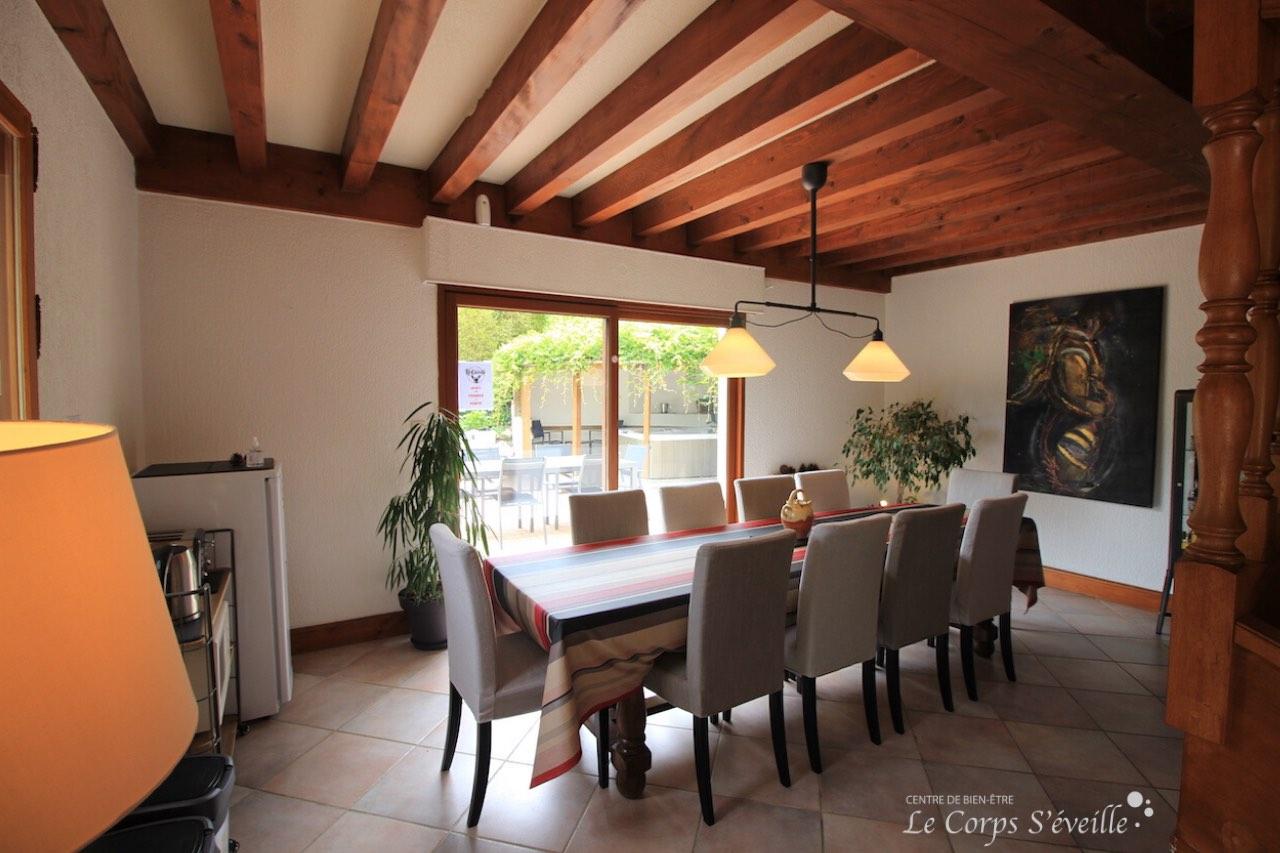 La Curette : 3 chambres et un jacuzzi à Aydius, dans les Pyrénées béarnaises.