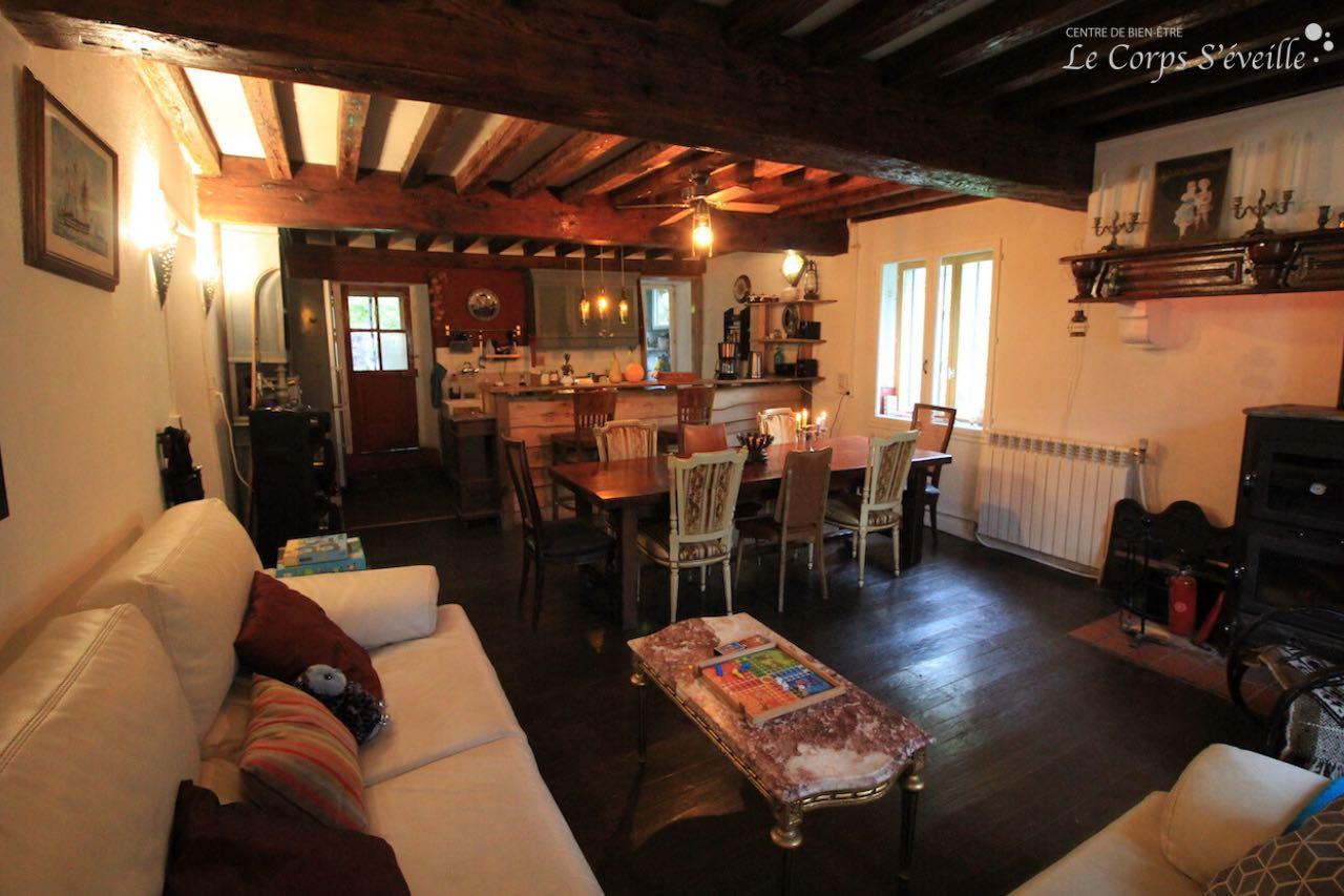 Maison Bergoun à Borce : la salle à manger.
