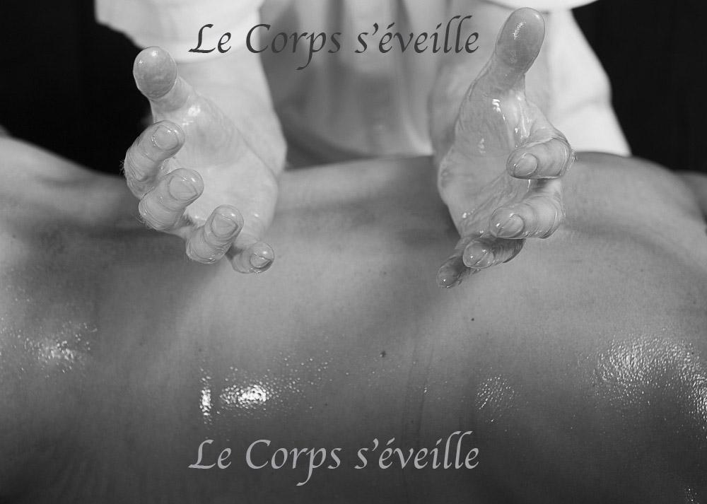 Les massages bien-être vus par Cyrille Cauvet, photographe, au Centre de bien-être dans les Pyrénées béarnaises.
